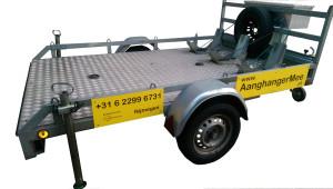 Reserveerde motortrailer